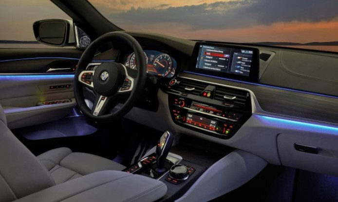 2021 BMW 6 Series Interior