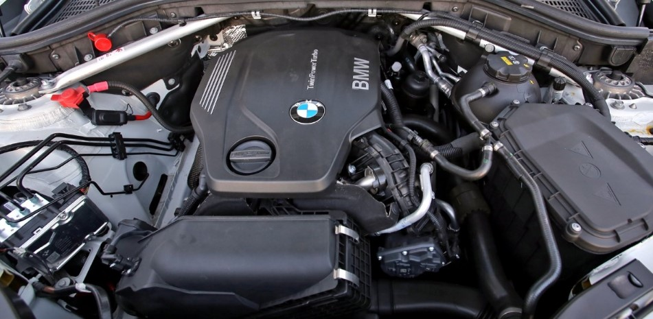 2021 BMW X4 Engine