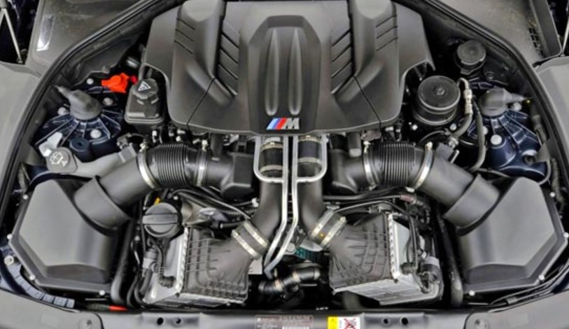 2021 BMW M6 Engine
