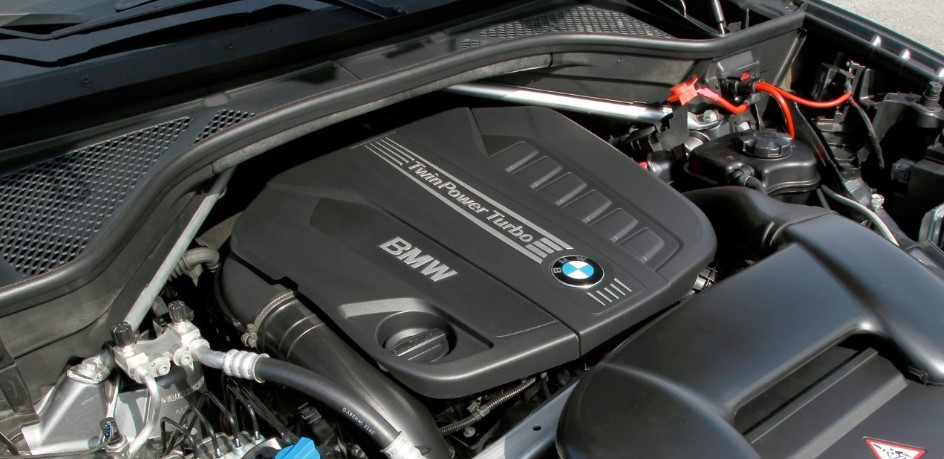 2021 BMW Z5 Engine